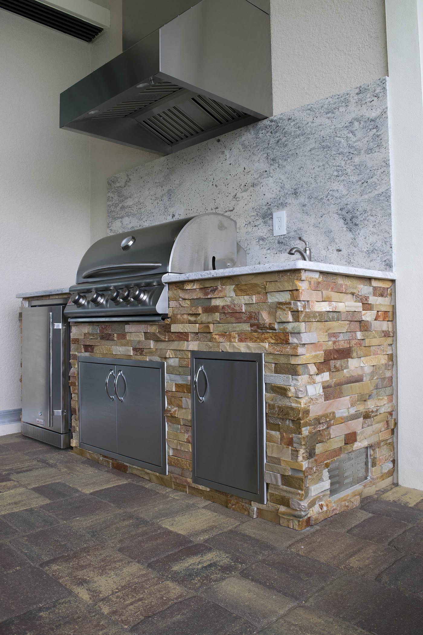 Southwest Florida Outdoor Kitchen Manufacturers - Elegant Outdoor ...