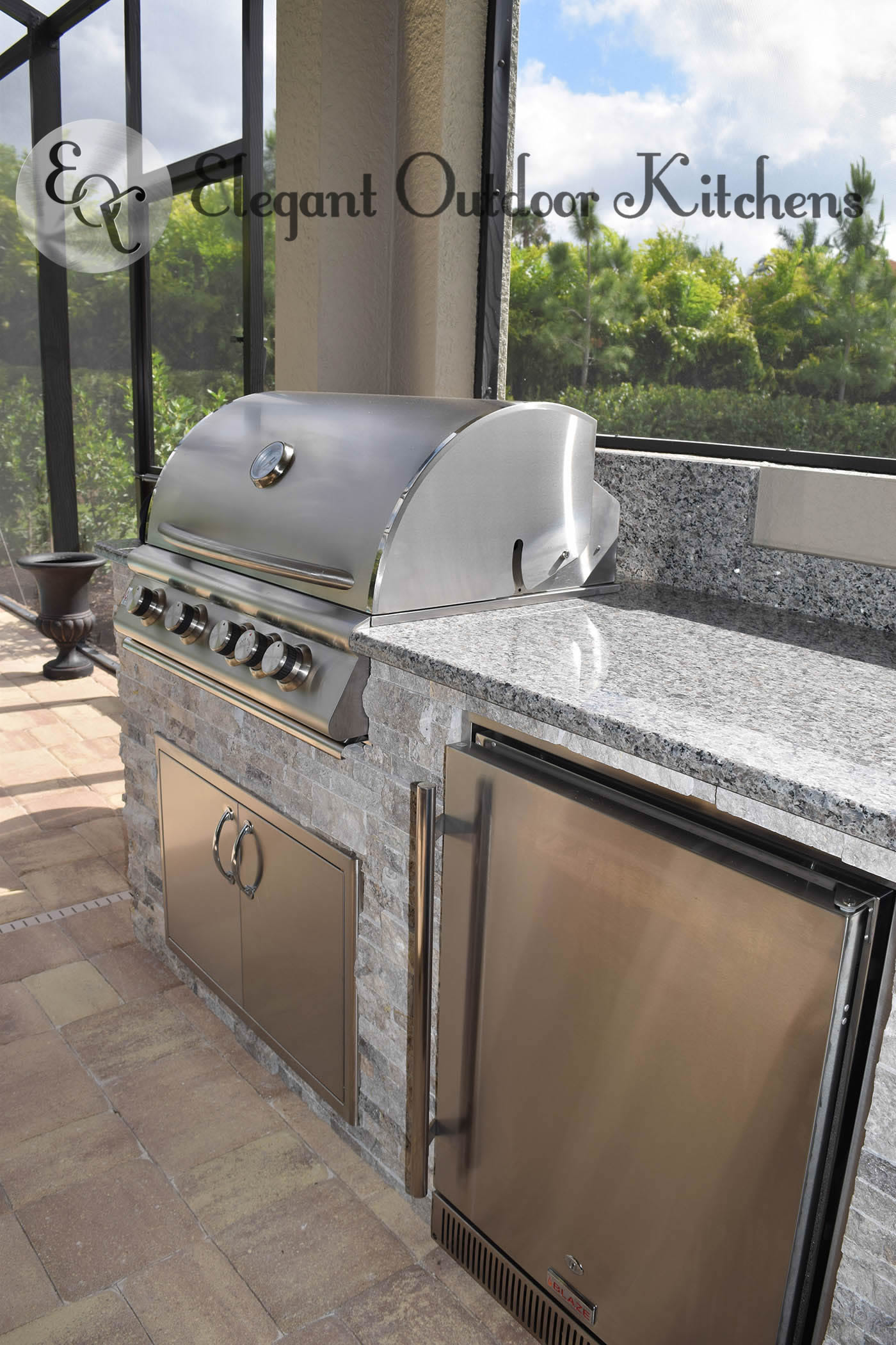 Poolside elegance outdoor kitchen bbq island elegant for Custom outdoor bbq kitchens