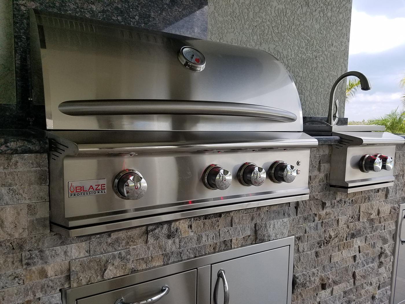 Hurricane-Resistant Outdoor Kitchen - Elegant Outdoor Kitchens