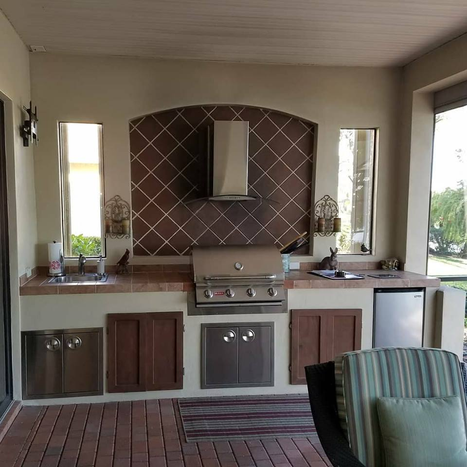 Outdoor Kitchen: Barbecue Island Build