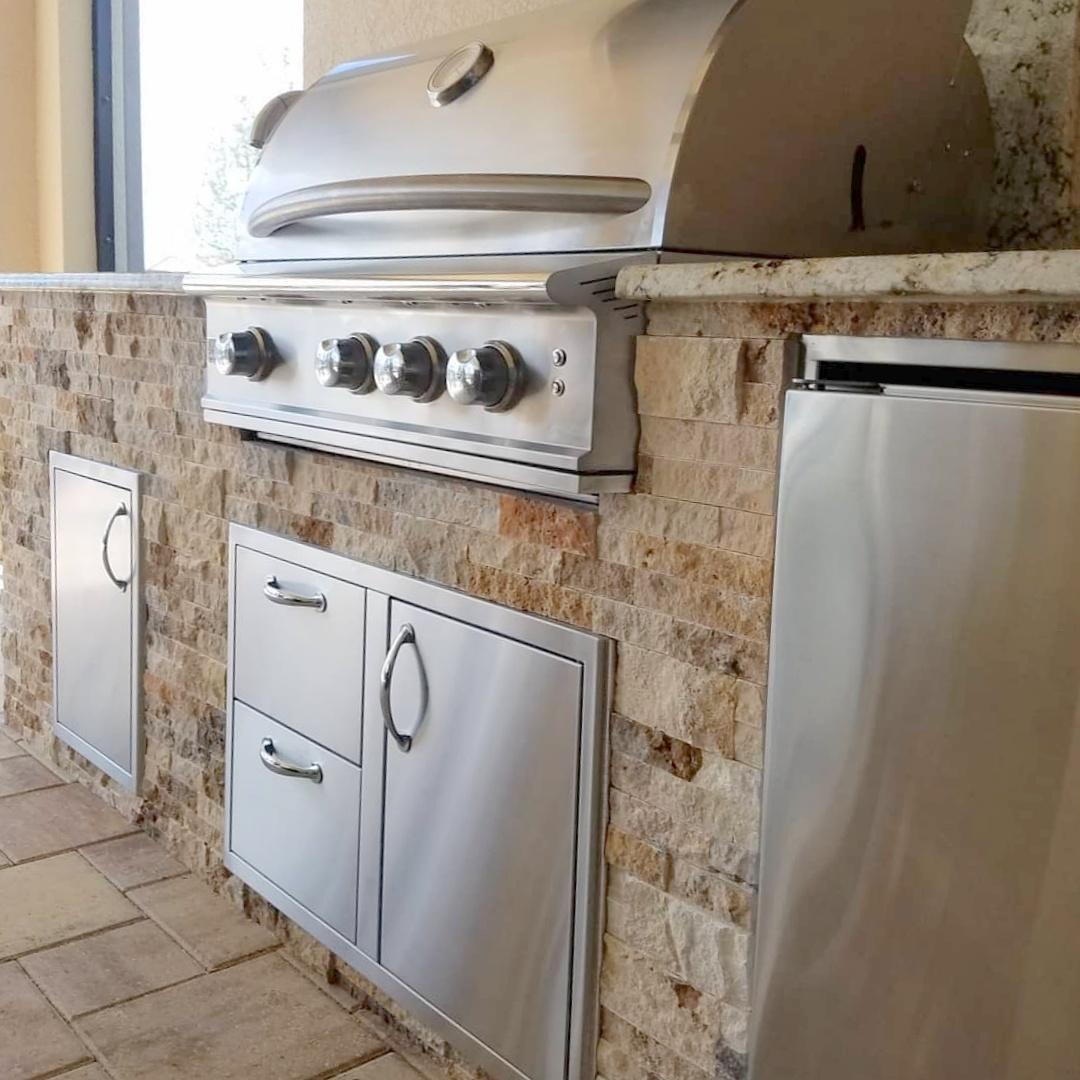 Cappadocia Stacked Stone Outdoor Kitchen Elegant Outdoor