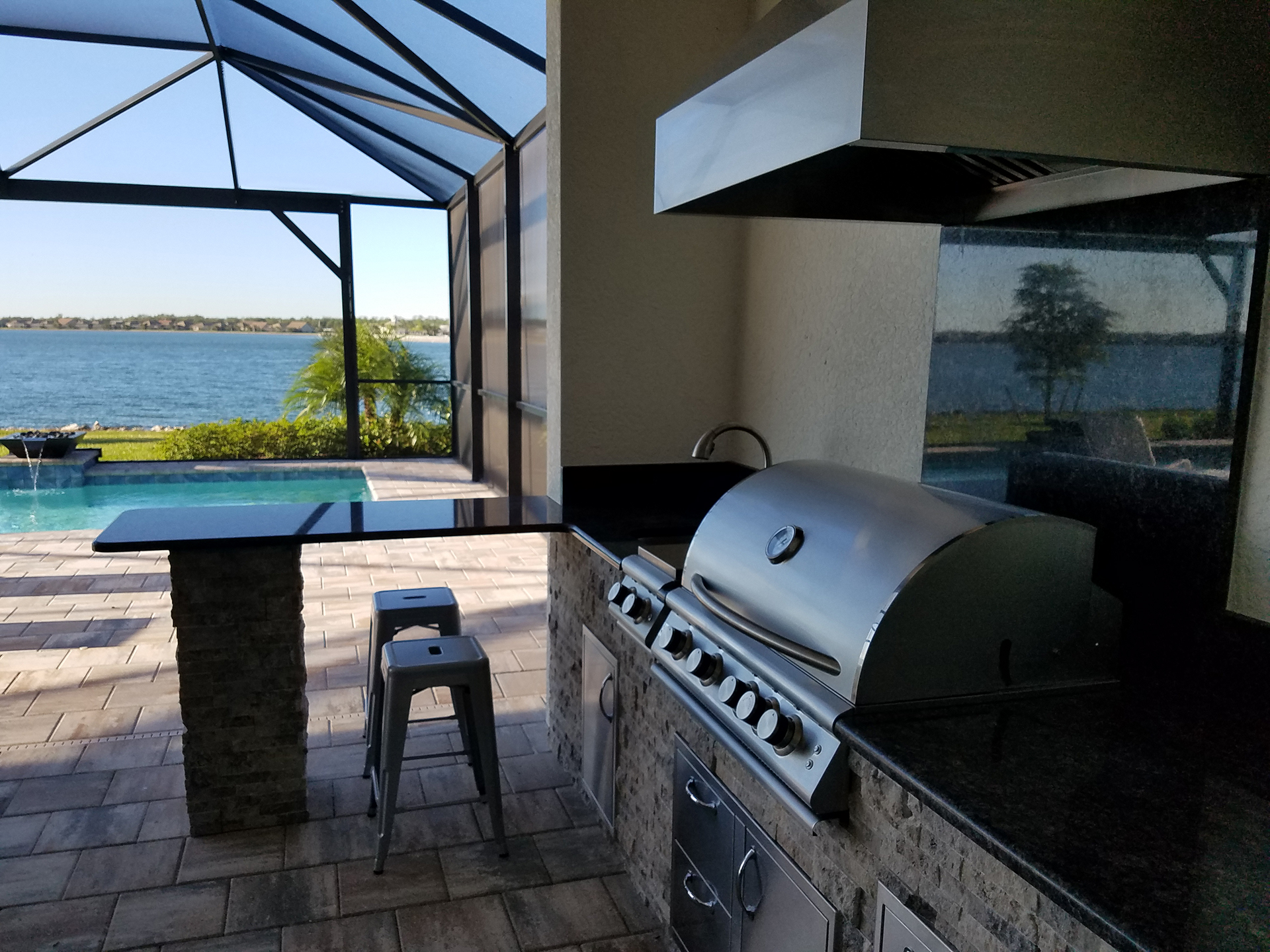 Bar And Barbecue Outdoor Kitchen Corkscrew Shores